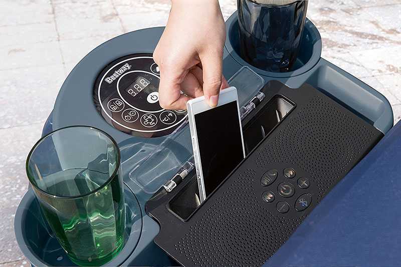 Lay-Z-Spa Entertainment System
