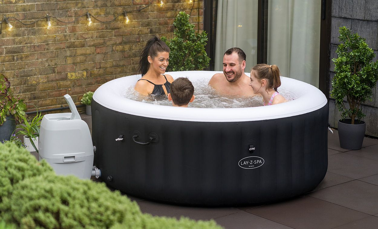 Lay-Z-Spa Miami Airjet Hot Tub Spa Review