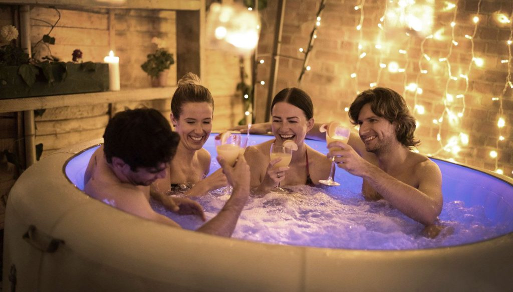 Lay-Z-Spa-Paris-Inflatable-Hot-Tub-Review-2016